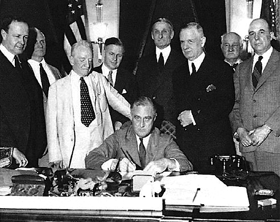 FDR_glass_steagall