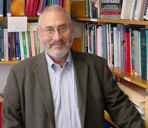 Stiglitz plus books