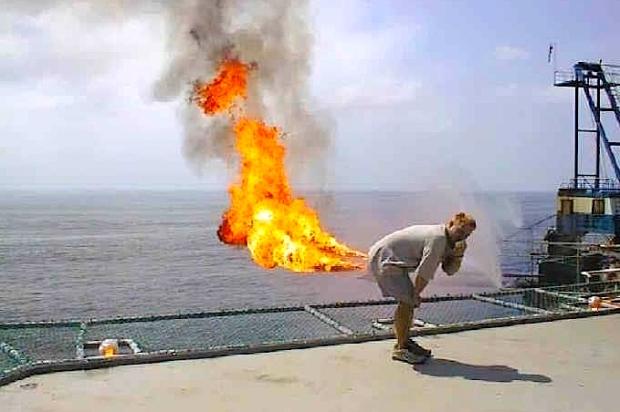 Navy jet fart