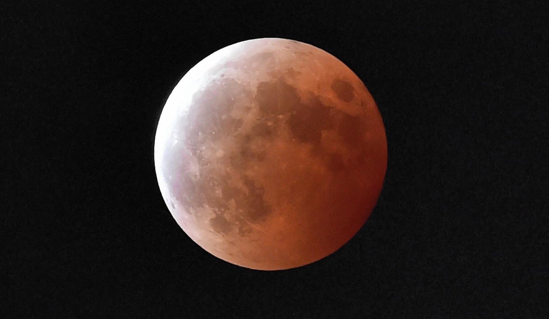 blood moon eclipse how does it happen - photo #37