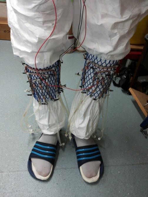 urine-power-socks-2