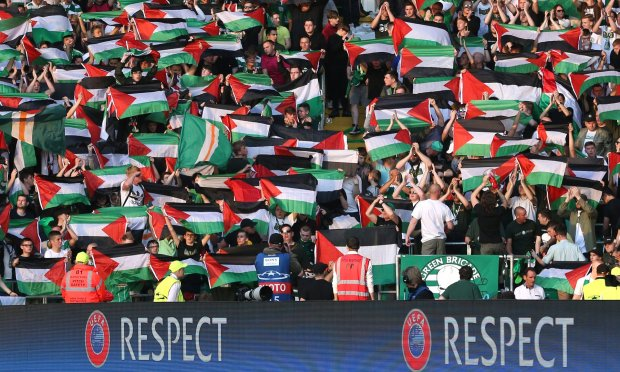 Celtic fans support Palestine