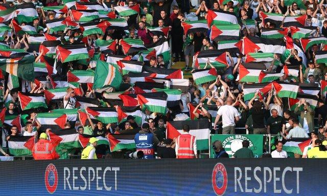 Celtic fans support Palestine
