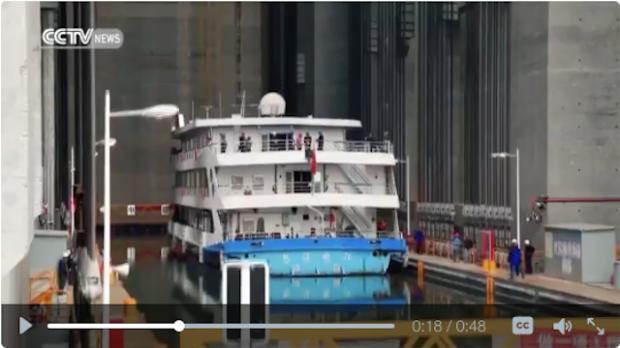 3-gorges-dam-ship-lift